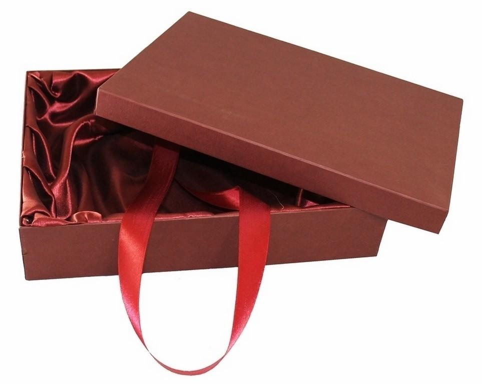 Подарочная коробка из дизайнерской бумаги, средняя