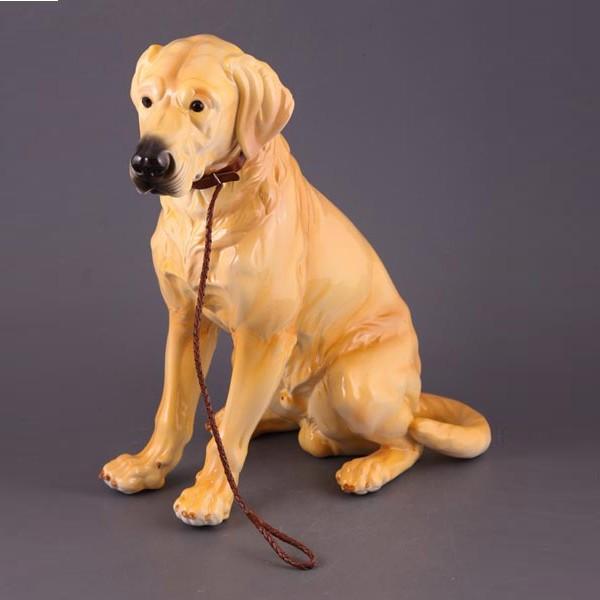 Фигурка Собака с ошейником