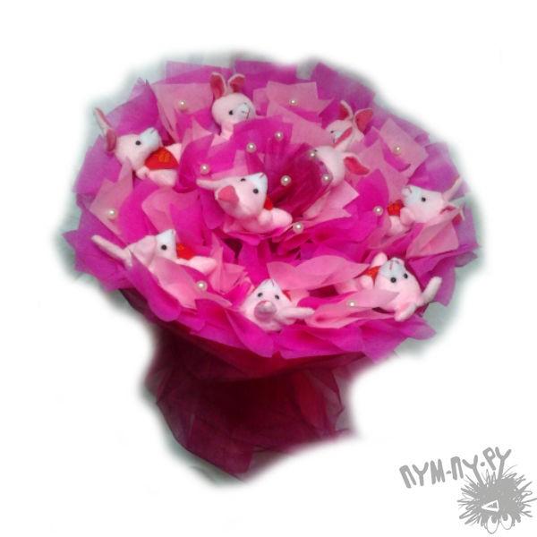 Букет из игрушек Зайчата в розовом