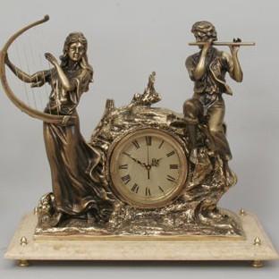 Бронзовые часы Дуэт любви на мраморной подставке