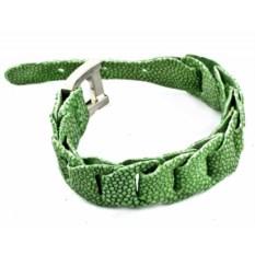 Браслет зеленого цвета из кожи ската