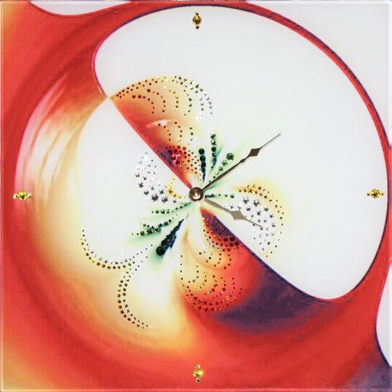 Часы с кристаллами сваровски Яблоко