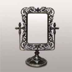 Настольное зеркало в стиле ретро
