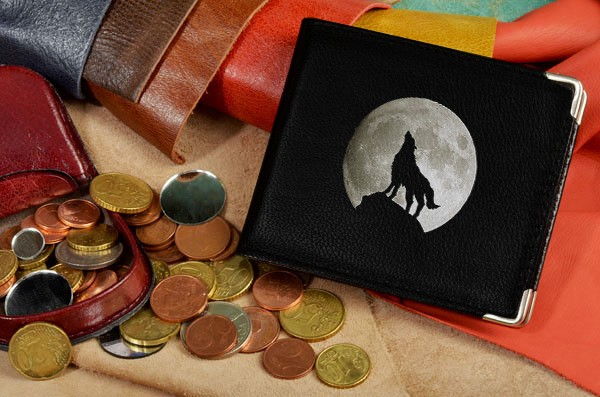 Портмоне с принтом Волк воет на луну