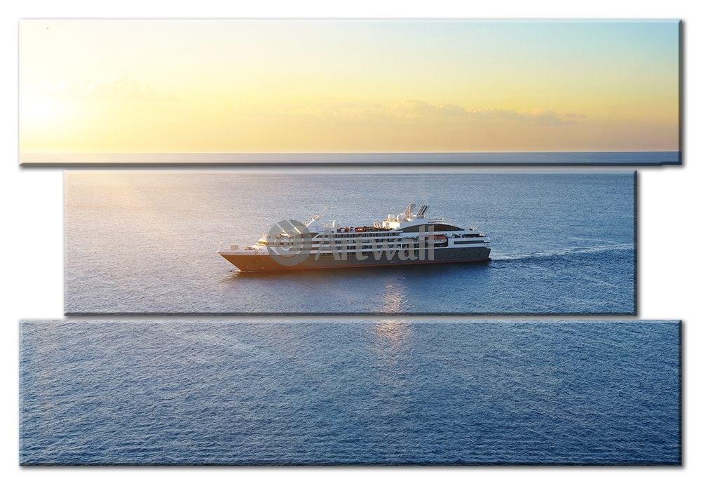 Модульная картина «Круизный корабль» 65×45 см