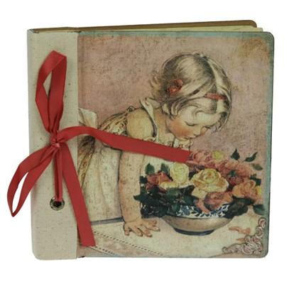 Фотоальбом «Девочка с букетом»