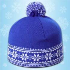 Синяя шапка «Зимние узоры»