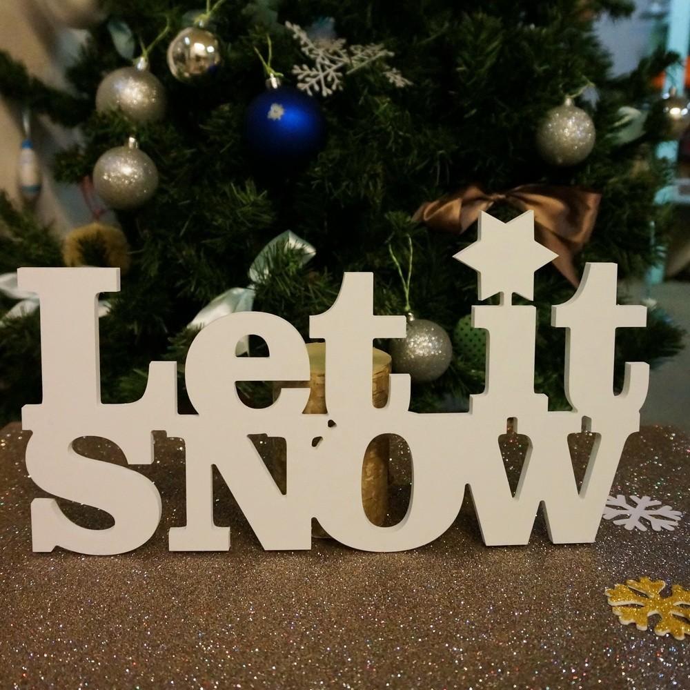 Слово-украшение Let it snow!