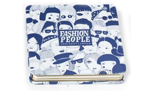 Бело-синий креативбук с жестяной обложкой Fashion People