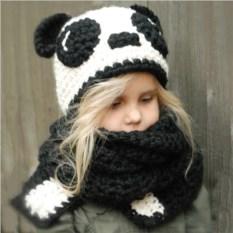 Шапка с шарфиком для детей Панда
