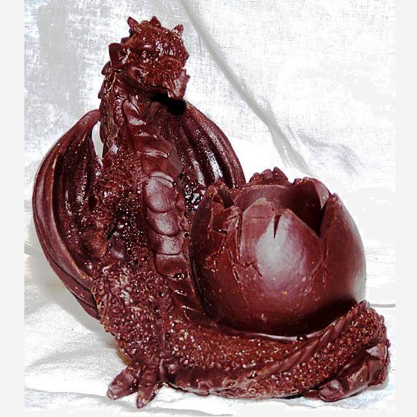 Шоколадный Дракончик с яйцом