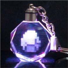 Брелок из Майнкрафт Светящийся кристалл - алмаз