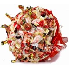 Красный букет из конфет XL Любимой Сладкоежке