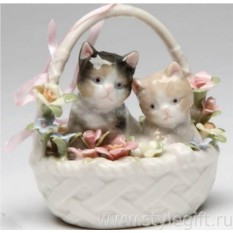 Фарфоровая фигурка Котята в корзинке