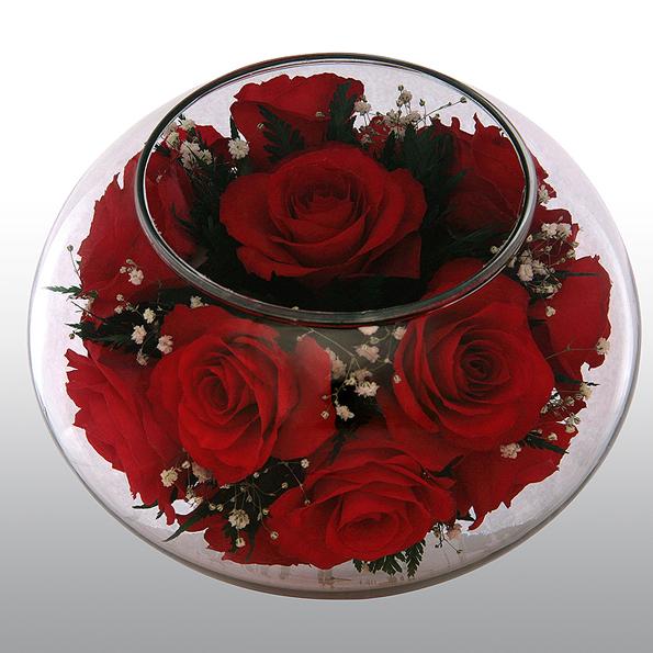 Подсвечник из живых роз