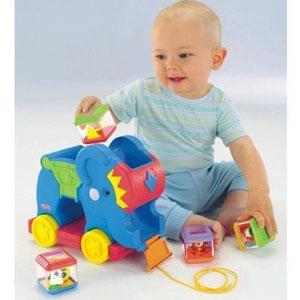 Слоненок с кубиками