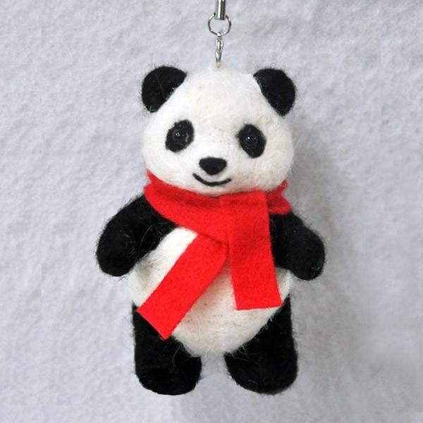 Набор для валяния из шерсти «Панда с шарфом»