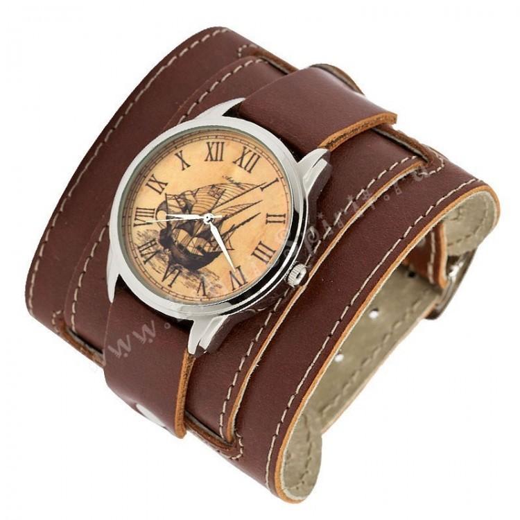 Наручные часы на кожаном ремешке Путешественник