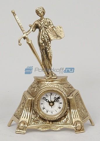 Часы из бронзы Фемида, цвет золотой