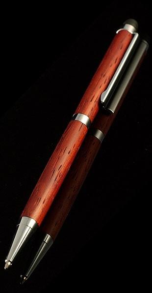 Шариковая ручка-стилус Падук