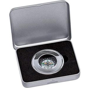 Серебристый компас в алюминиевой коробке