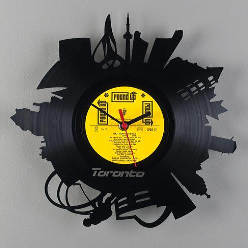 Часы из виниловой пластинки  Торонто