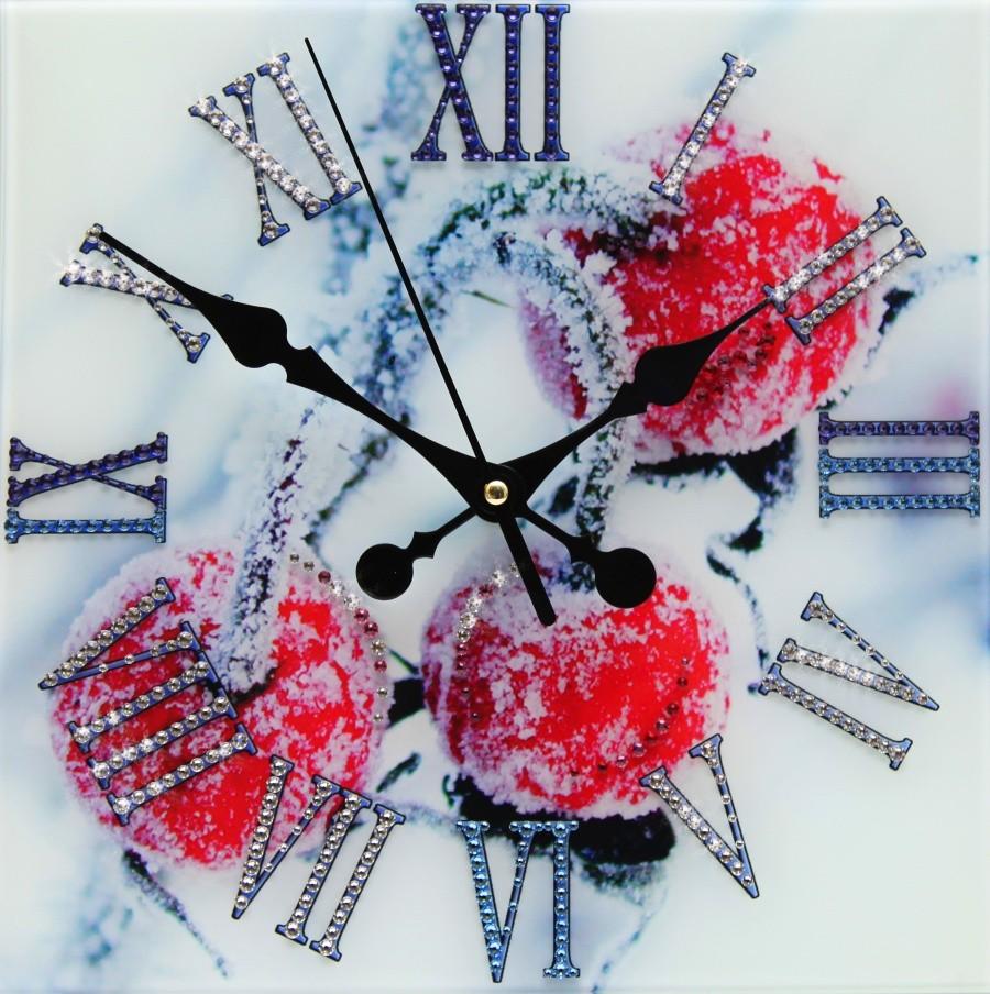 Настенные часы с кристаллами Swarovski Зимняя вишня