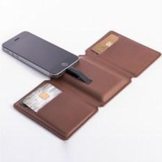 Seyvr iPhone – кошелек со встроенной зарядкой