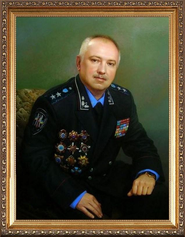 Портрет работнику налоговой полиции