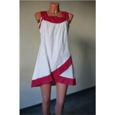 Белоснежное платье с красными вставками