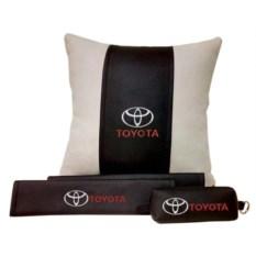 Набор из подушки и накладки на ремень и ключницы Toyota