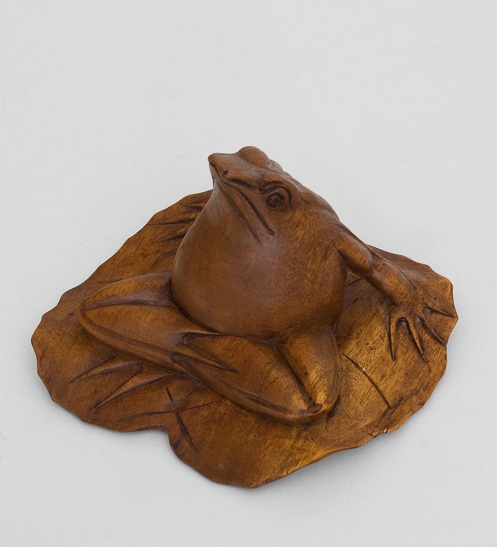 Статуэтка из суаровго дерева Лягушка на листе