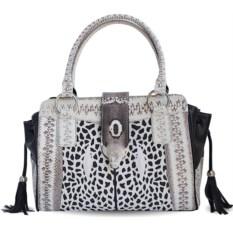 Женская сумка из кожи ската, водной змеи и кобры