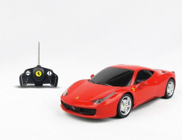 Красная радиоуправляемая машина Ferrari