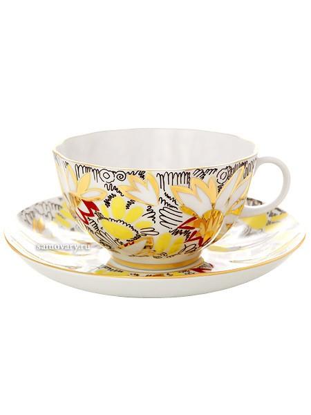 Фарфоровая чайная чашка с блюдцем Золотые ромашки