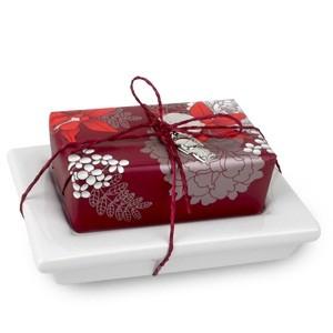 Подарочный набор из мыла и мыльницы Нобуко