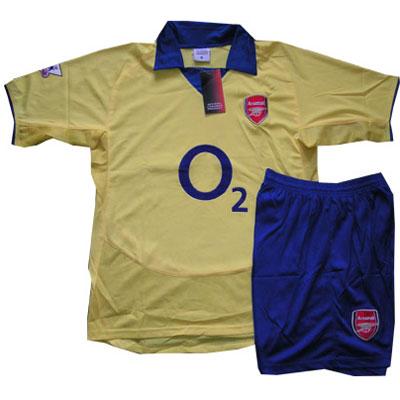 Форма Arsenal
