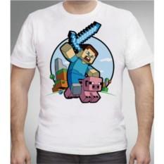 Белая футболка Стив на свинье