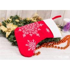 Носок для подарков Снежинки (цвет — красный)