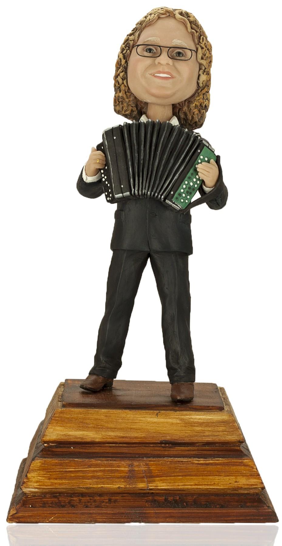 Кукла-шарж по фото «Играй гармонь»