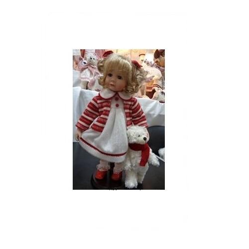 Коллекционная кукла Девочка с игрушкой