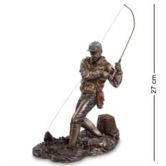 Статуэтка из полистуна Рыболов