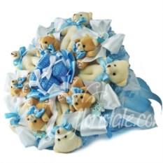 Букет на выписку с бежевыми мишками и пинетками
