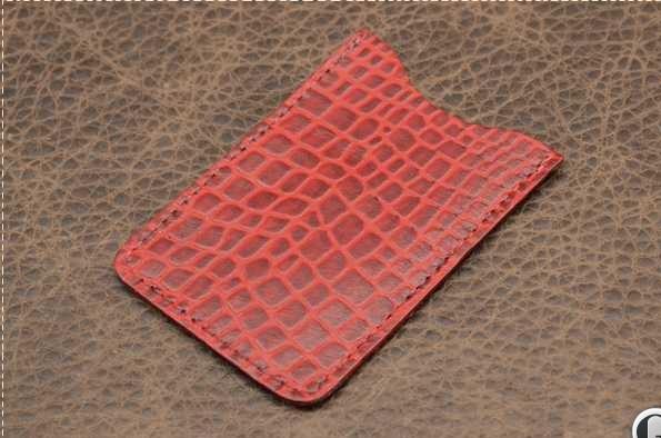 Футляр для визиток и пластиковых карт. Коллекция Amelie (красный; крокодил; нат. кожа)