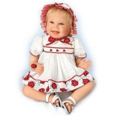 Коллекционная виниловая кукла Малышка с божьей коровкой