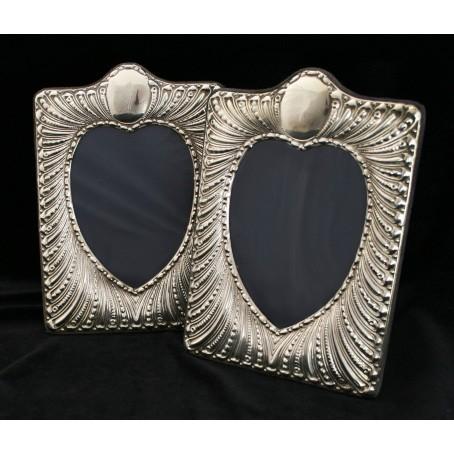 Две серебряные рамки для фото «Сердце»
