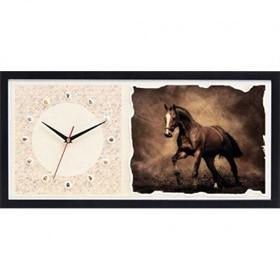 Часы из песка Лошадь
