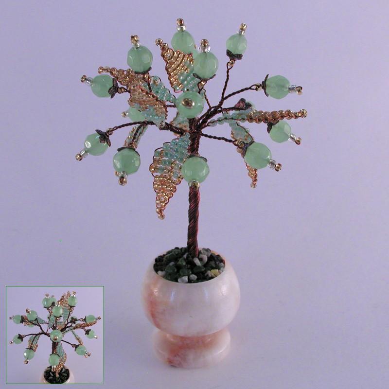 Миниатюрное дерево любви из нефрита в вазочке из оникса