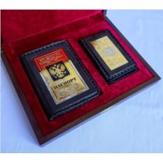 Набор из обложки для паспорта, кожаной визитницы