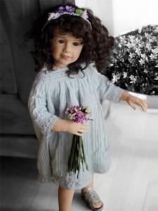 Коллекционная фарфоровая кукла Mira